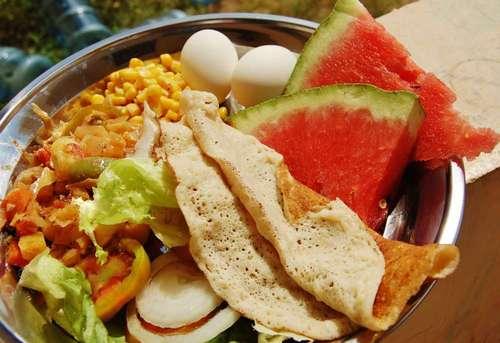 ソマリアの食べ物2.jpg