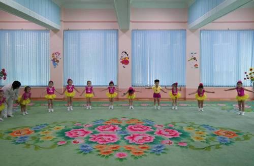 北朝鮮のインテリア8.jpg