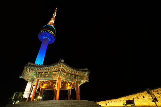 Lovepik_com-500754897-night-view-of-seoul-tower-south-korea_.jpg