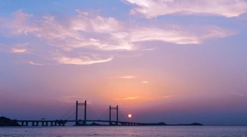 Lovepik_com-500846574-donghai-bridge_wx.jpg