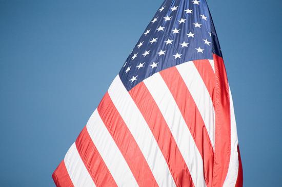Lovepik_com-501502913-american-flag_.jpg