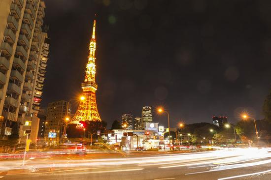 Lovepik_com-501565233-night-view-of-tokyo-landmark-tokyo-tower_.jpg