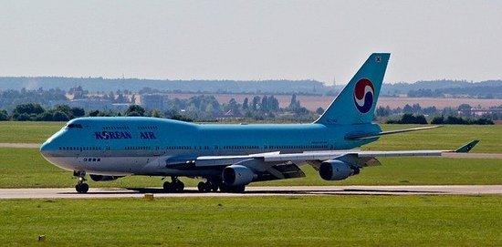 aircraft-4247547_640.jpg
