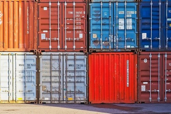 container-3859710_640.jpg