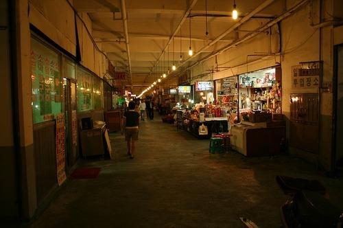 market-344598_640.jpg