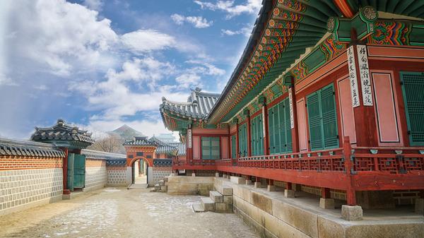 Lovepik_com-500863032-gyongbokkung-south-korea_.jpg